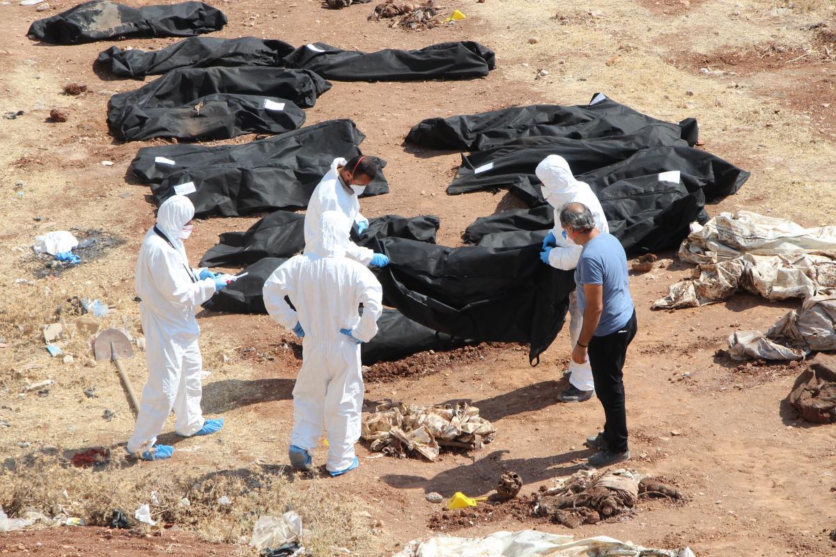 Afrin'de toplu mezardan çıkan ceset sayısı 68'e yükseldi