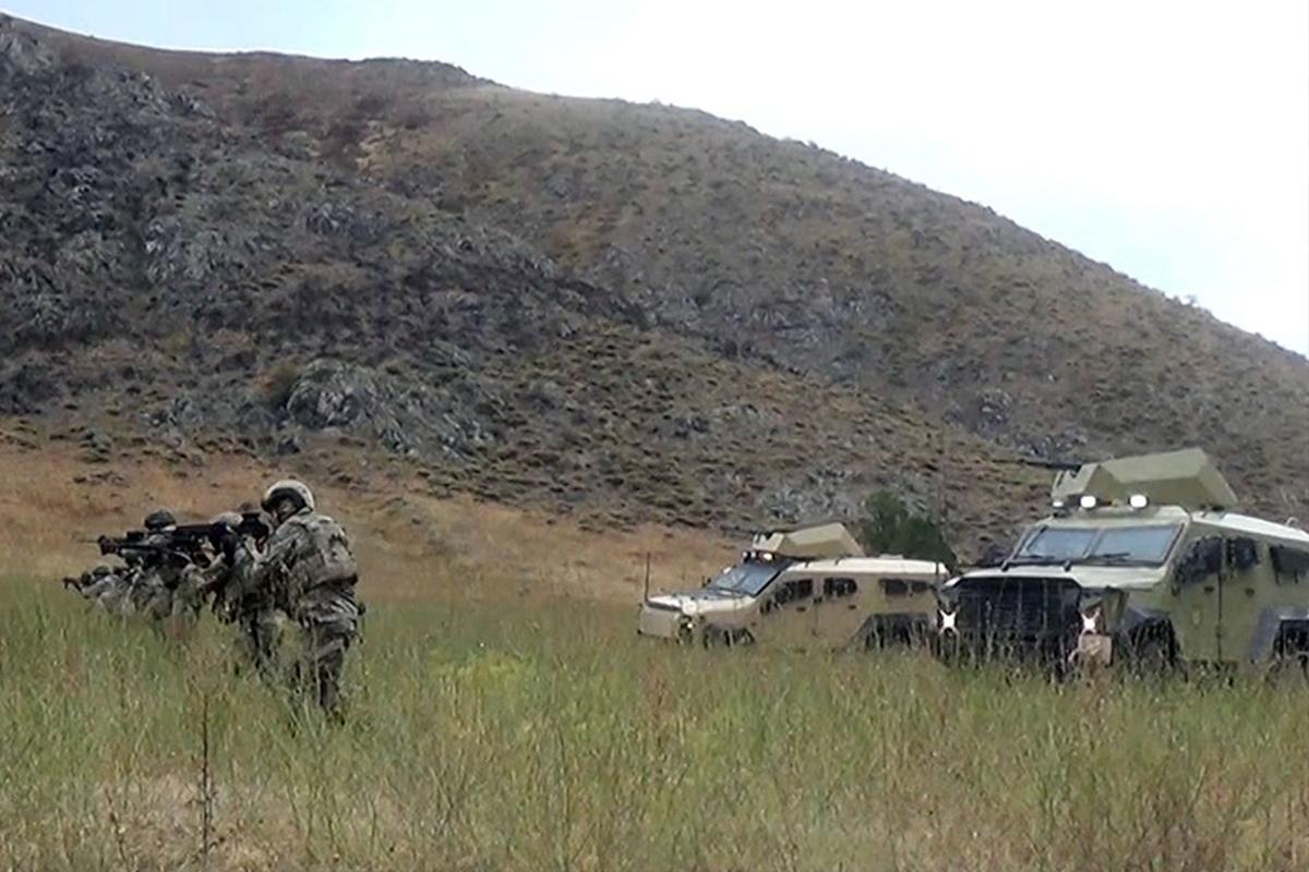 Azerbaycan ve Türkiye'nin Laçın'daki ortak askeri tatbikatı devam ediyor