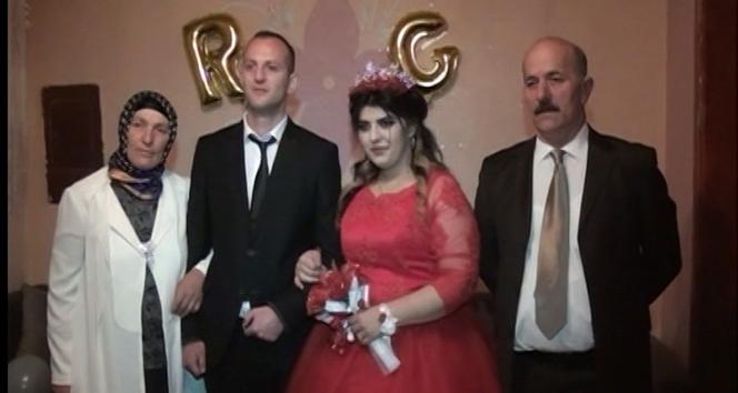 Azerbaycanlı gelin bir yılın sonunda Rizeli eşine kavuşabildi