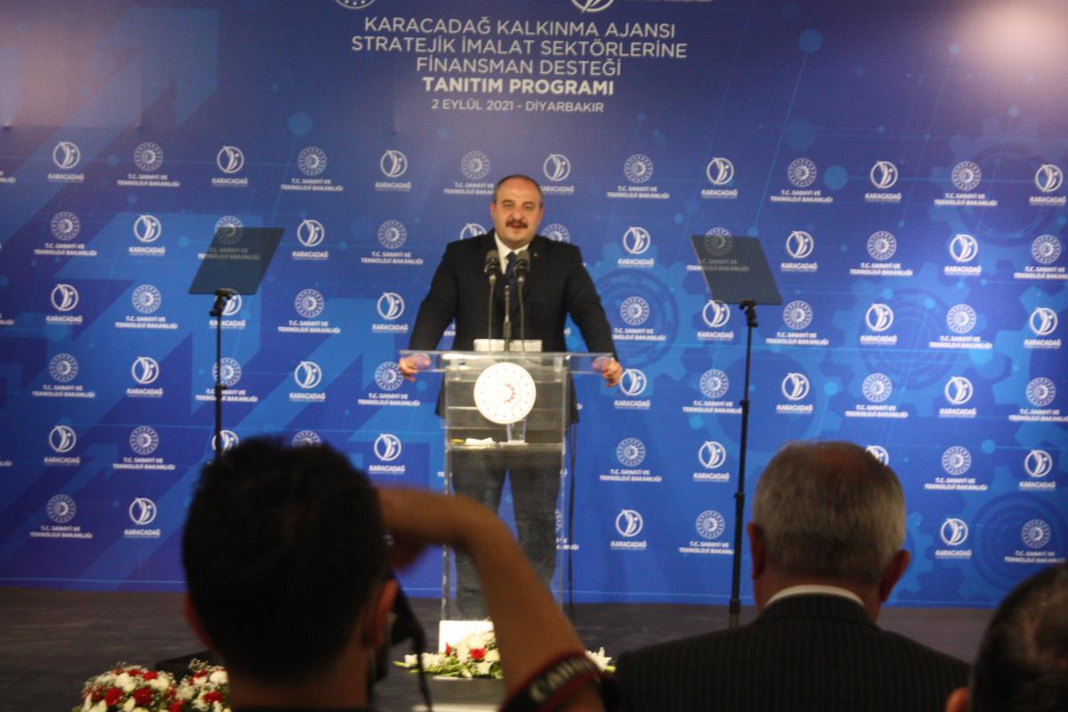 Bakan Varank: 'İşsizliği bu bölgenin sorunu olmaktan çıkaracağız'