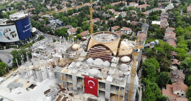 Barbaros Hayrettin Paşa Camii'nde sona geliniyor