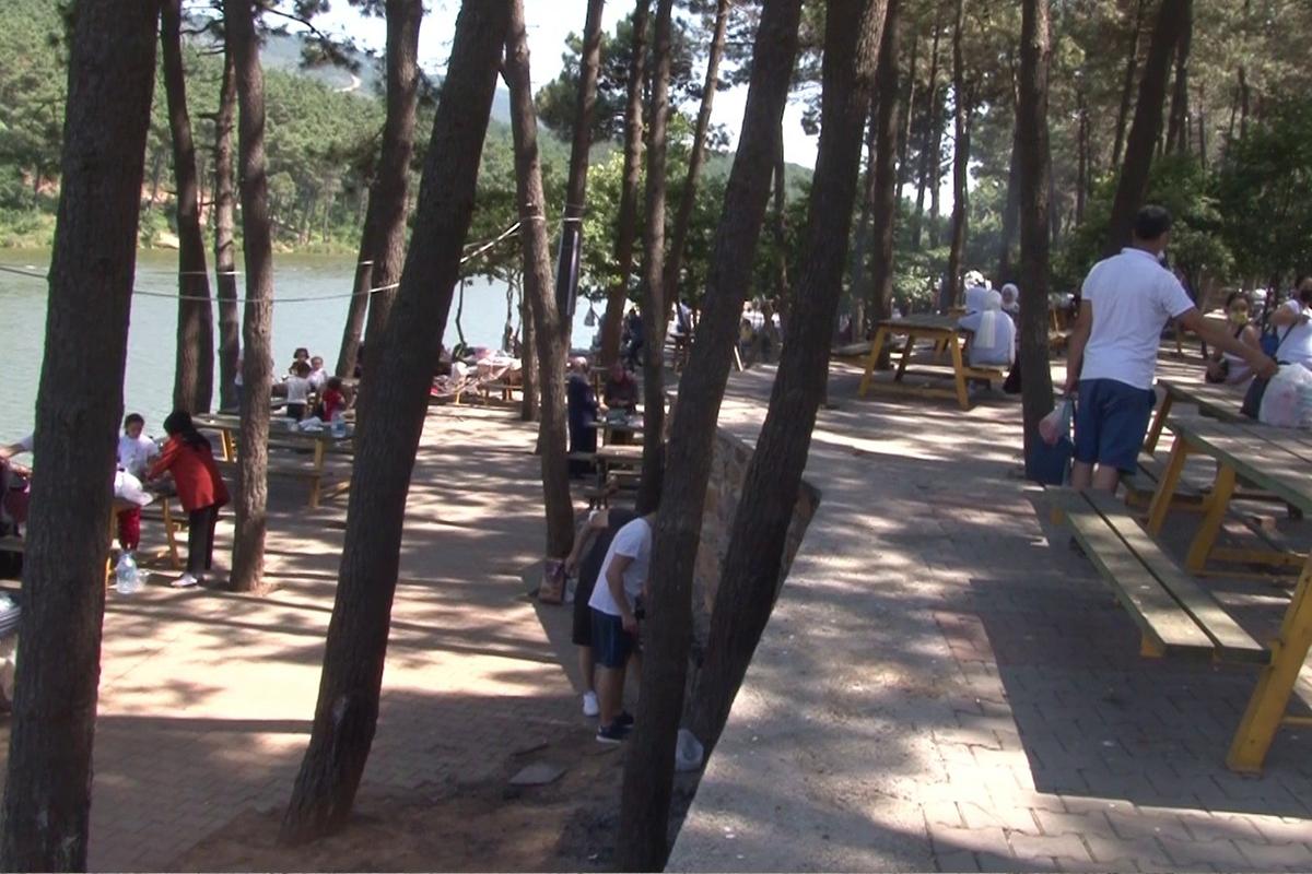 Bayram tatili başladı, Aydos Ormanı doldu taştı