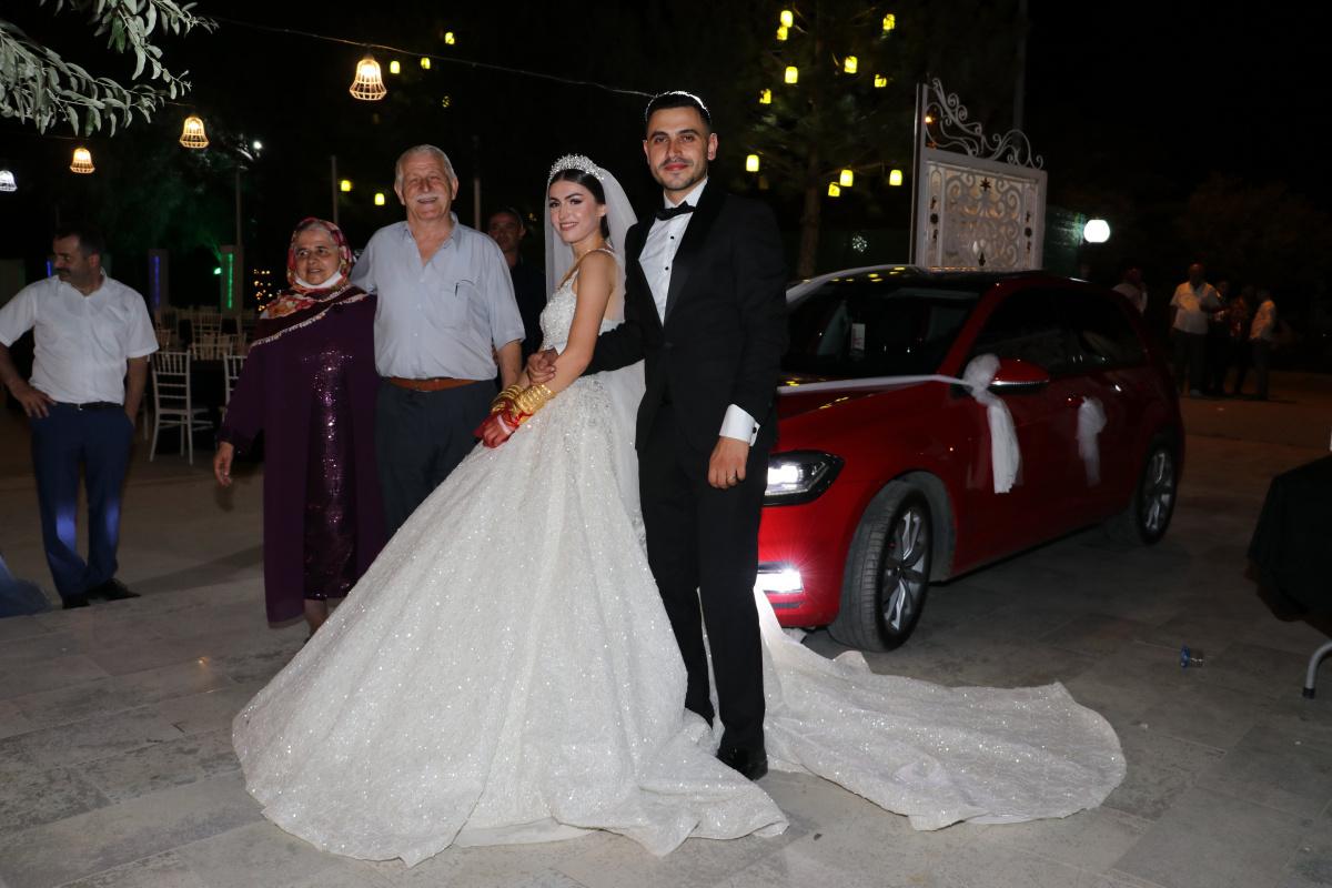 Böyle düğün hediyesi görülmedi