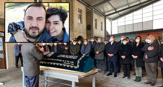 Covid-19'dan ölen 21 haftalık hamile İBB çalışanı son yolculuğuna uğurlandı