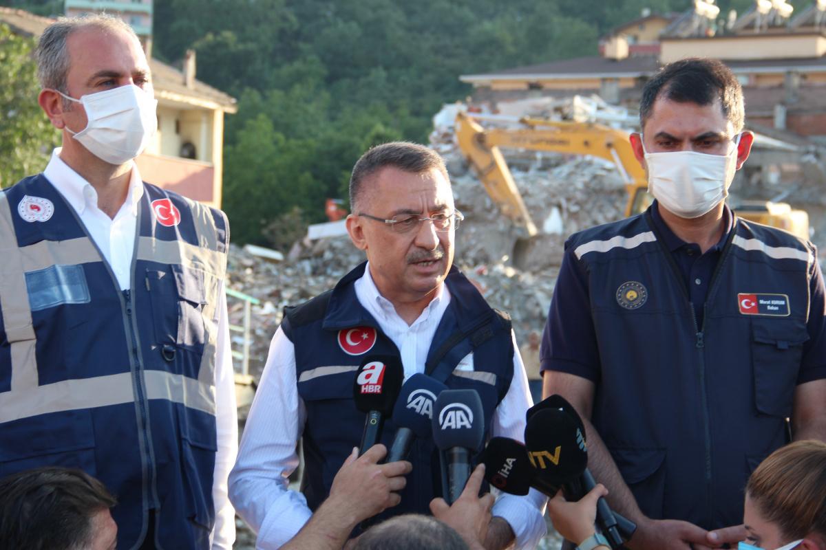 Cumhurbaşkanı Yardımcısı Oktay: '1 yıl içerisinde hem Sinop'u hem de Kastamonu'yu ayağa kaldıracağız'