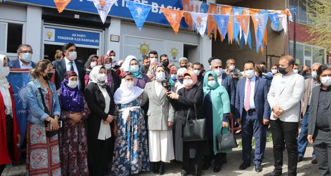Diyarbakır'da AK Parti'ye dev katılım: 400 kişi AK Parti'li oldu