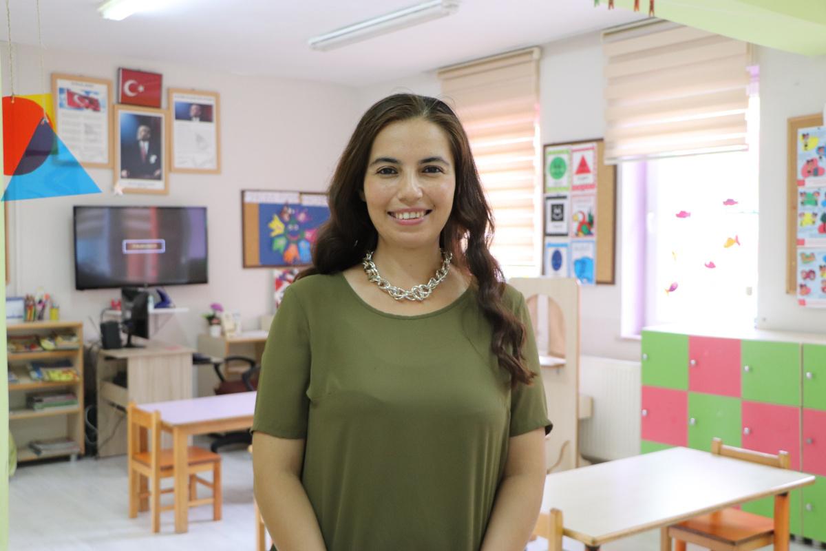 'Dünyadaki en iyi 10 öğretmen' arasına seçilen Nurten öğretmenden bir başarı daha