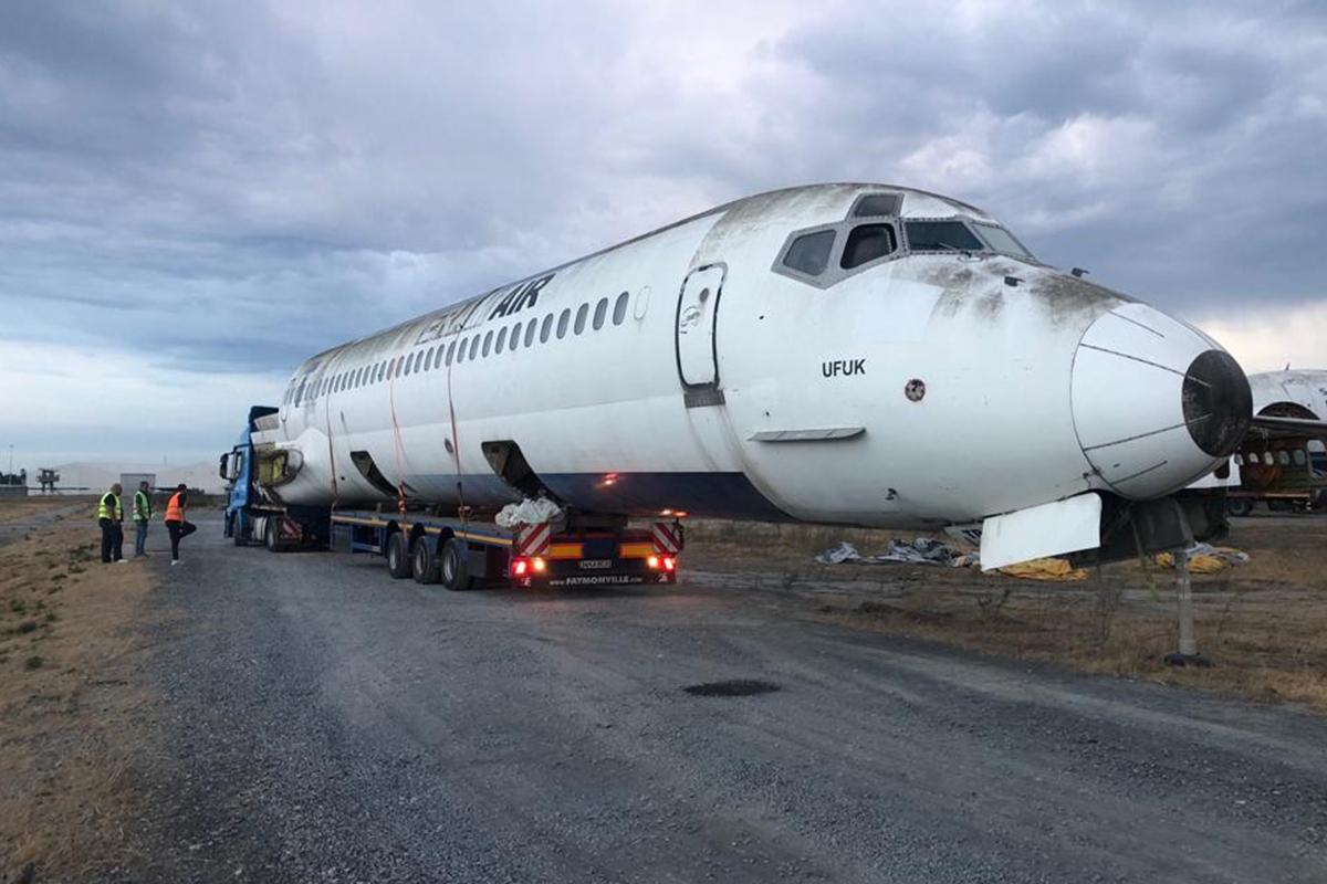 E-5'ten uçak geçti