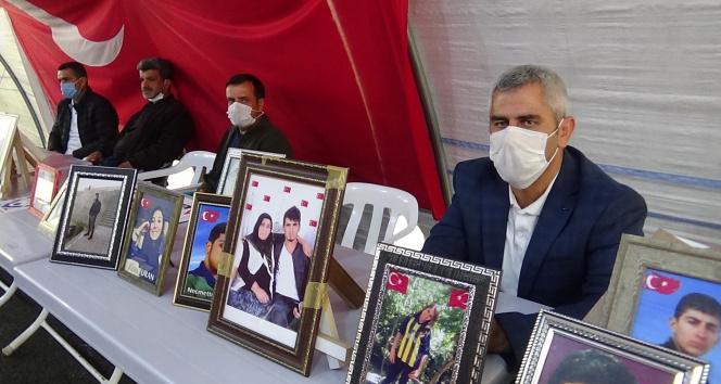 Evlat nöbetindeki aileler HDP'nin kapatılmasında ısrarlı
