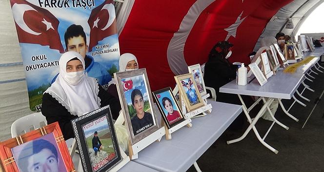 Evlat nöbetindeki ailelerden HDP'ye tepki: