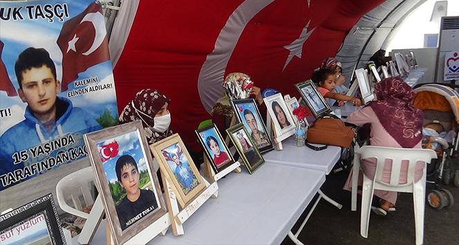 Evlat nöbetindeki baba, oğlunun dağa kaçırılmasından HDP'yi sorumlu tuttu