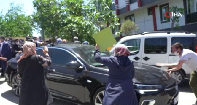 Eyüpsultan'da İBB Başkanı Ekrem İmamoğlu'nu protesto ettiler