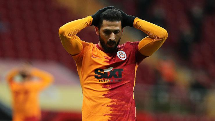 Galatasarayda taşlar yerinden oynuyor! Fatih Terimden şok karar!