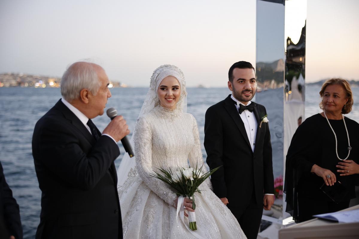Hamidi Ailesi'nin mutlu günü