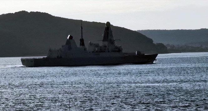 İngiliz savaş gemisi 'HMS Defender' Çanakkale Boğazı'ndan geçti