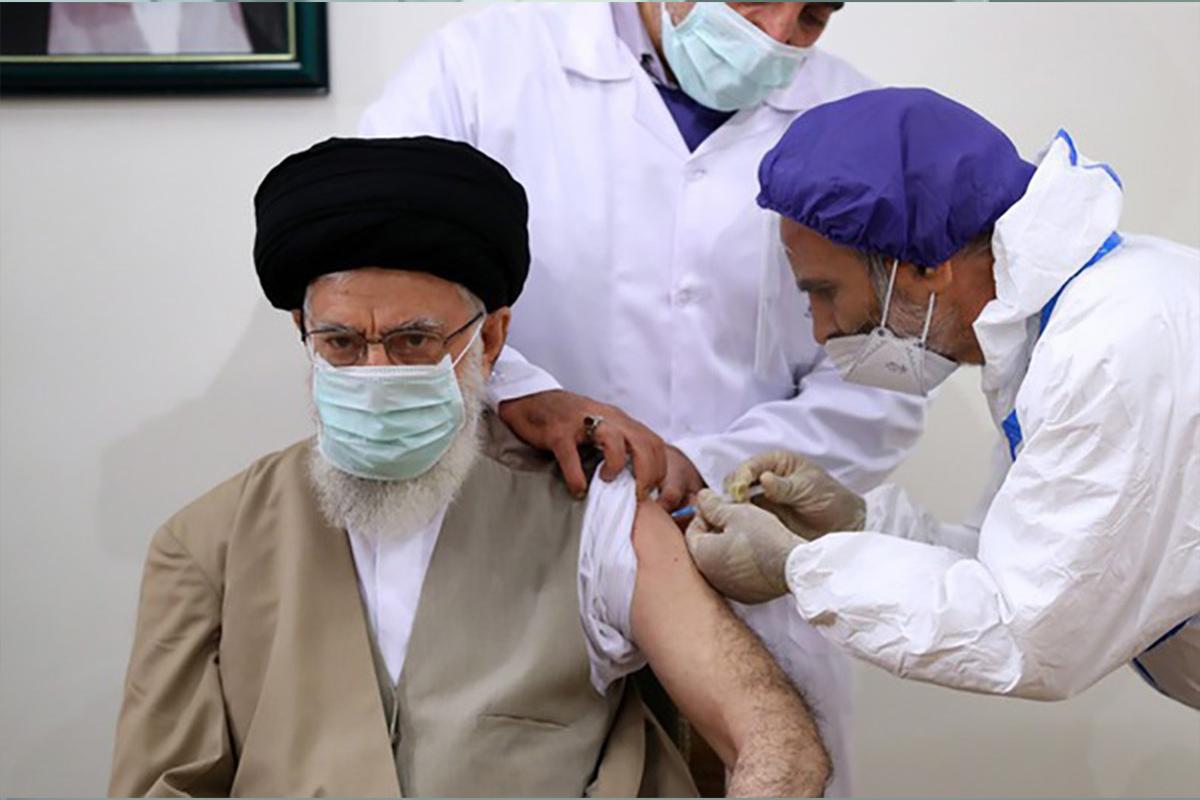 İran Dini Lideri Hamaney, korona virüs aşısı oldu