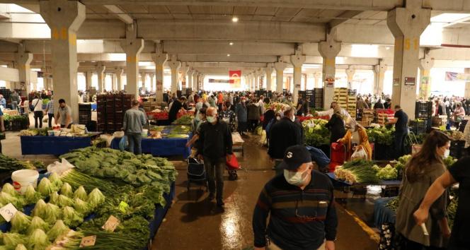 İzmit'te 19 semt pazarı yarın açık olacak