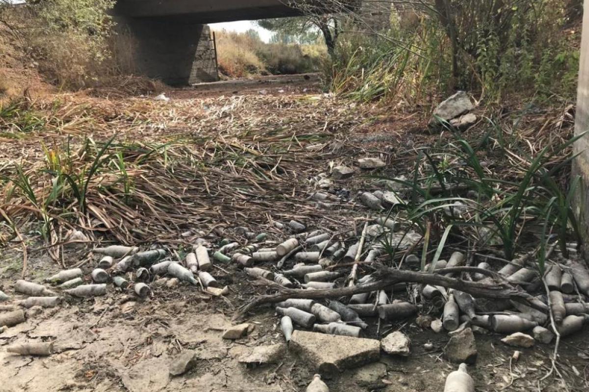 Kanalın suyu kesilince çirkin görüntüler ortaya çıktı