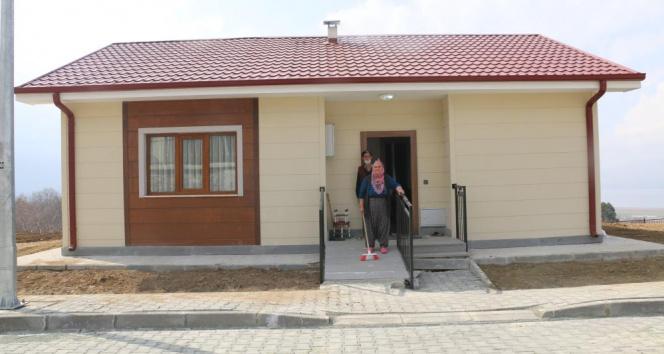 Kerpiç evden, çelik modern eve