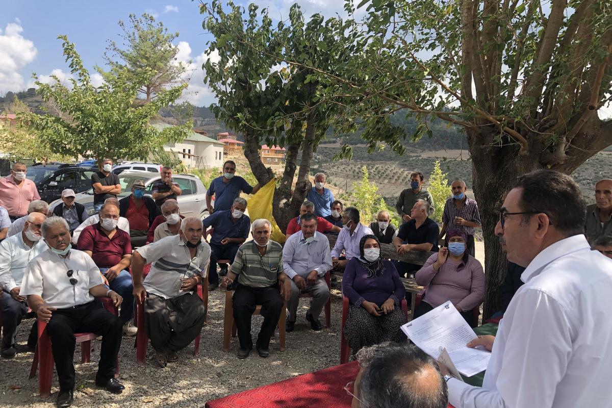 Kozan'daki yangın mağduru ailelere evleri 1 yıl içinde teslim edilecek