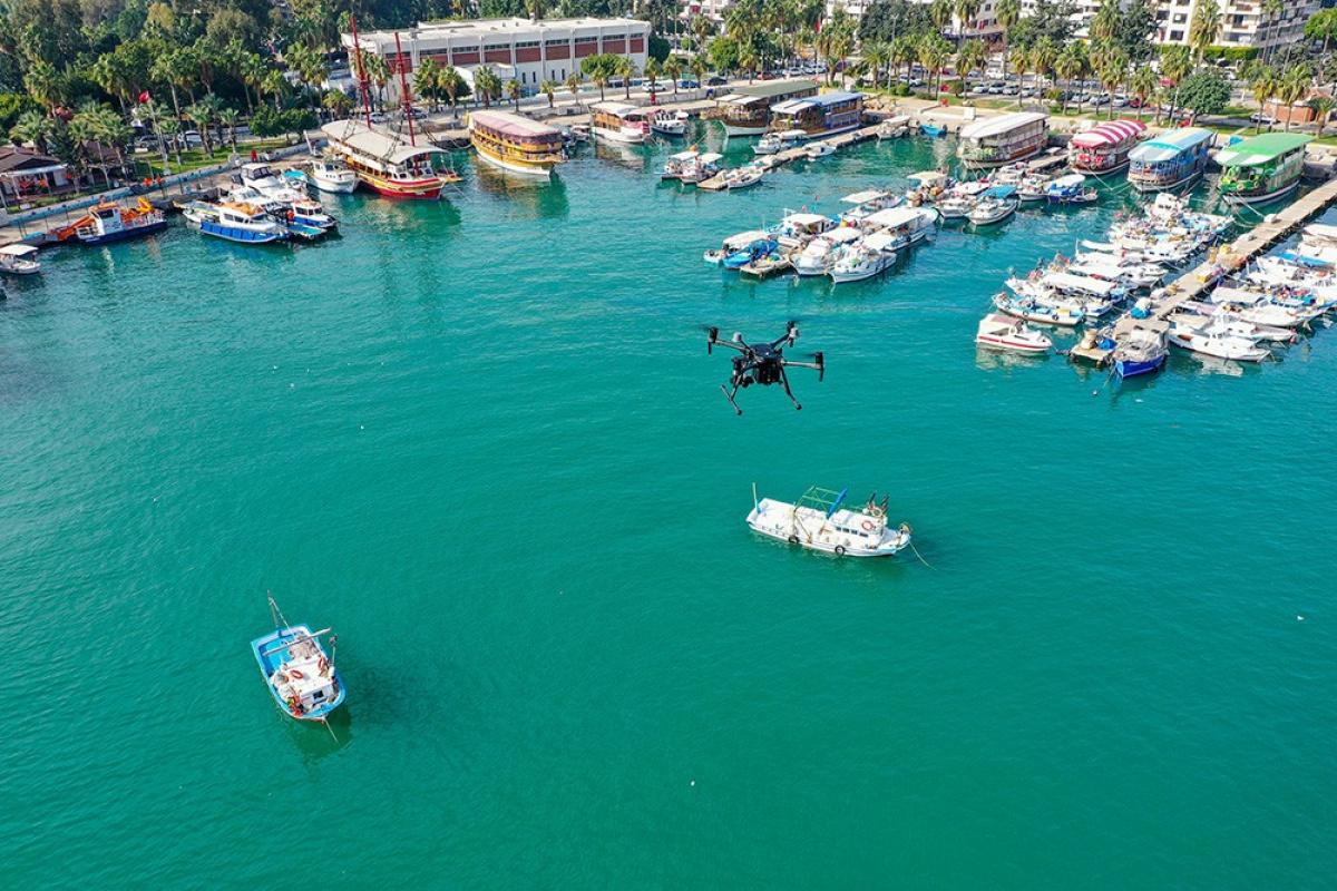Mersin'de denizi kirleten gemiye 1 milyon 490 bin TL ceza kesildi