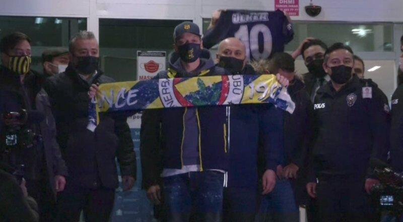 Mesut Özil İstanbul'a geldi | Video