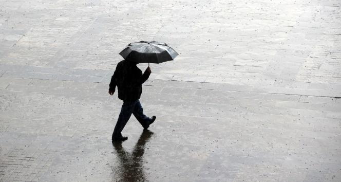 Meteoroloji'nden İstanbul için sağanak ve dolu uyarısı