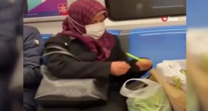 Metroda fasulye ayıklayan teyze vatandaşların ilgi odağı oldu