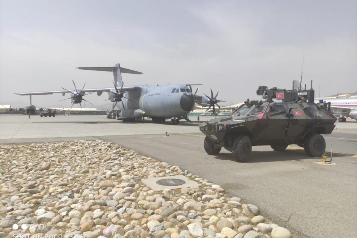 MSB: 'Kabil'deki Hamid Karzai Uluslararası Havaalanı'nda emniyetin sağlanmasıyla tahliyeler yeniden başladı'