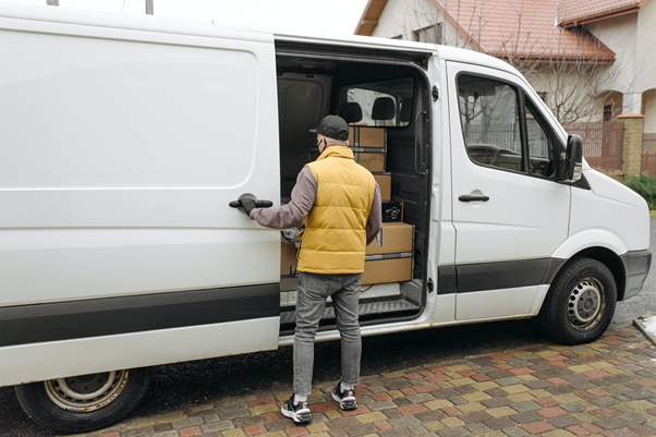 Panelvan ve Minivan Arasındaki Fark Nedir?