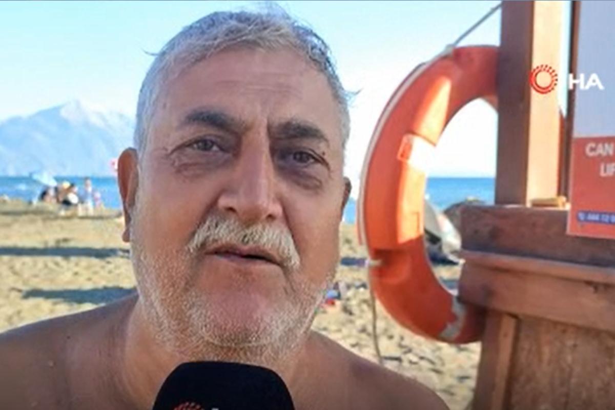 Petrol atıklarına rağmen yüzen vatandaştan ilginç cevap
