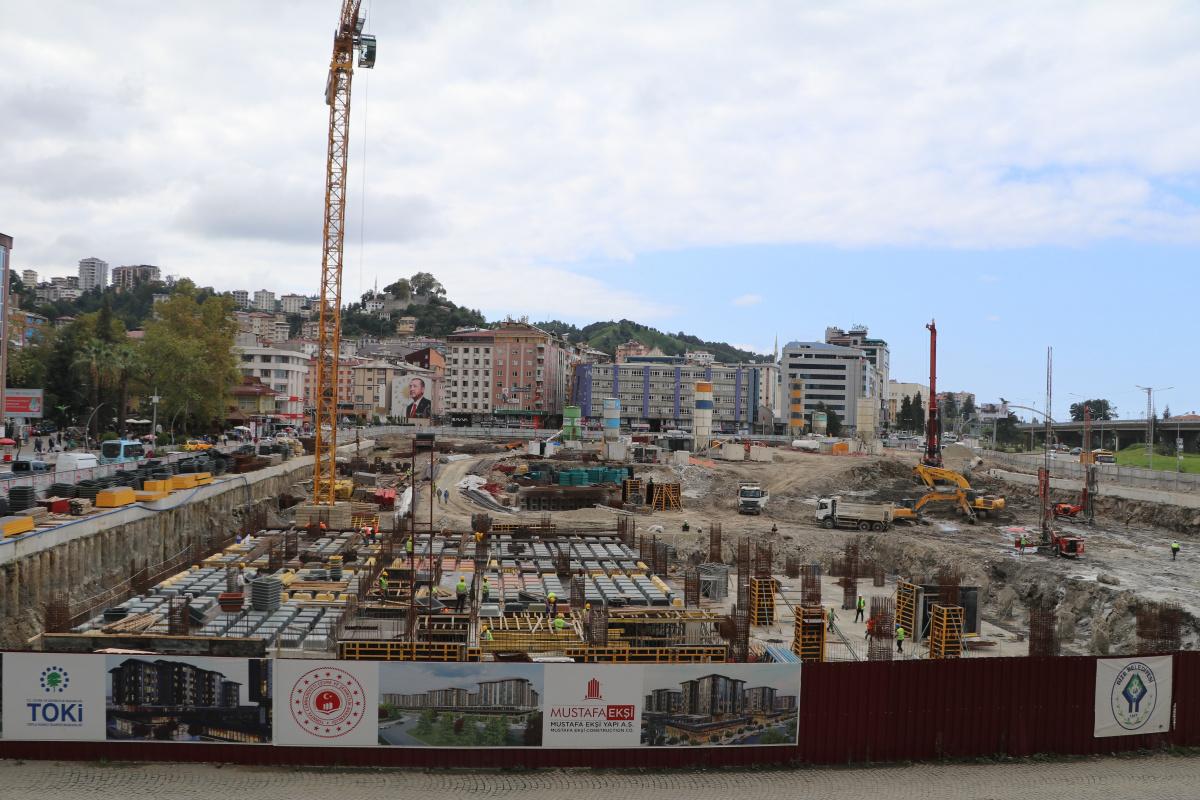 Rize'de kentsel dönüşüm hızla devam ediyor