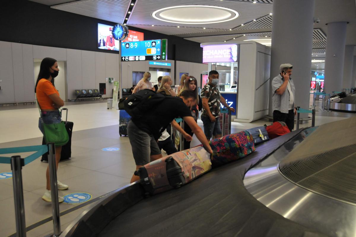Rus turistler İstanbul'a geldi