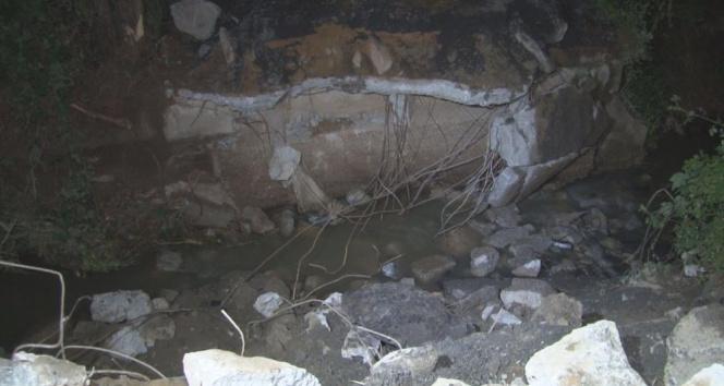 Sarıyer'de 3 gün önce sel nedeniyle çöken köprünün etrafı kapatıldı