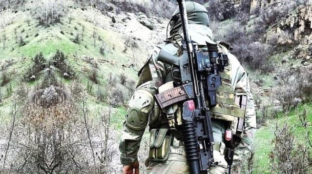 Son Dakika! Azez'de zeytin toplayan çiftçilere saldırı düzenleyen 3 PKK'lı terörist etkisiz hale getirildi