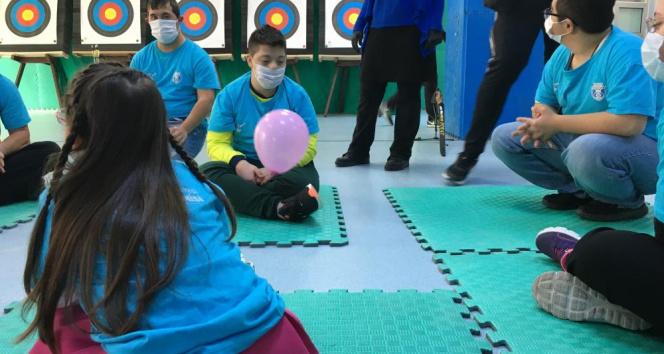 Sultangazi Belediyesi'nden eğitimini tamamlayan 'down sendromlu' çocuklara sertifika