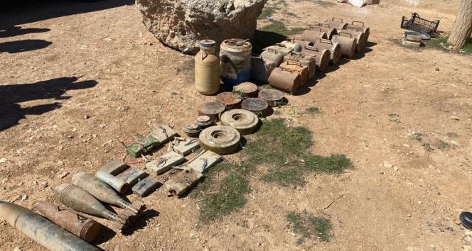 Suriye'nin kuzeyinde terör örgütüne büyük darbe: Yüzlerce kilogram patlayıcı ele geçirildi