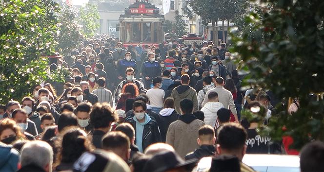 Taksim ve İstiklal'de hafta başı yoğunluğu!