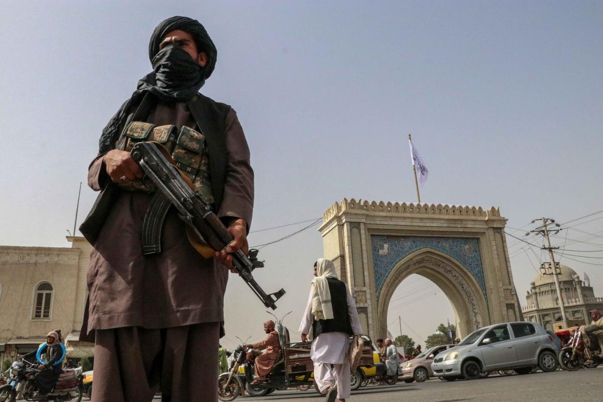 Taliban Afganistan'da genel af çıkardı