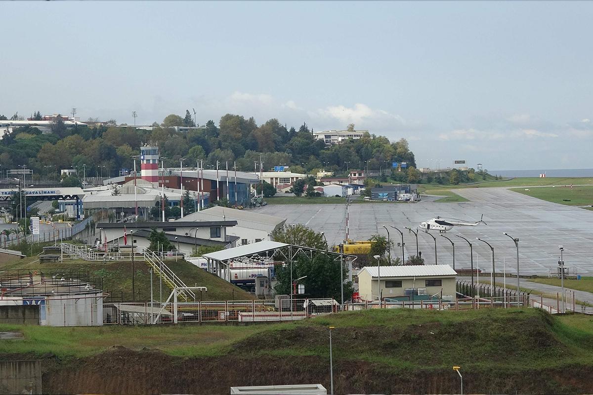 Trabzon Havalimanı pisti uçuşlara kapatıldı, yoğunluk oluştu