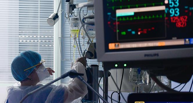 Türkiye'de son 24 saatte 21.030 koronavirüs vakası tespit edildi