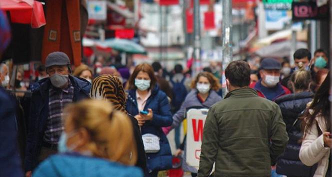 Türkiye'de son 24 saatte 29.762 koronavirüs vakası tespit edildi