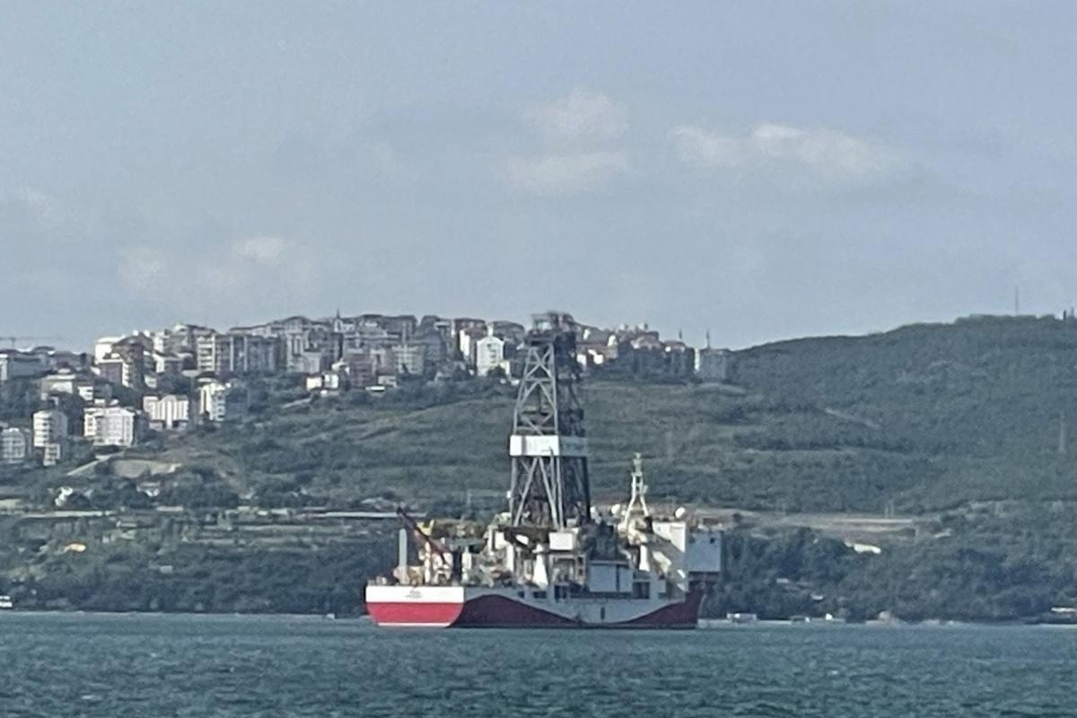 Türkiye'nin sondaj gemisi 'Yavuz' Kocaeli'ne demir attı