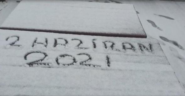 Uludağ'da haziran ayında kar sürprizi