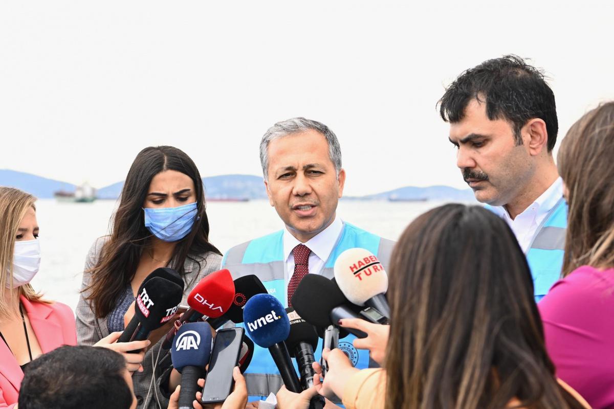 Vali Yerlikaya:'18 Haziran itibariyle İstanbul'umuzda bin 361 metreküp müsilaj temizlendi'