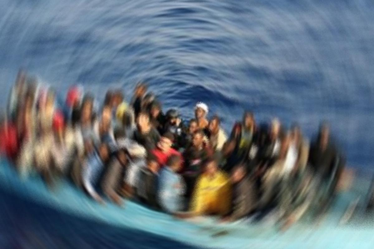 Yemen açıklarında 300'e yakın göçmenin ölmüş olabileceğinden korkuluyor