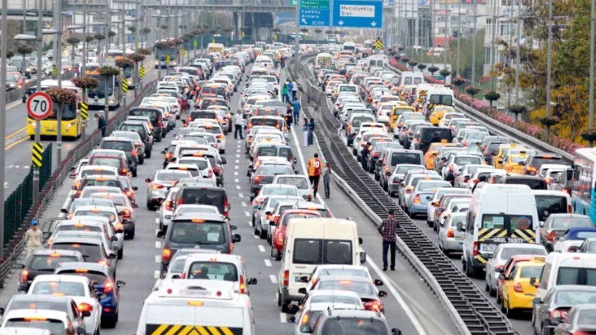 Eski Başbakan Mesut Yılmaz\'ın cenaze töreni için İstanbul\'da bazı yollar trafiğe kapatılacak