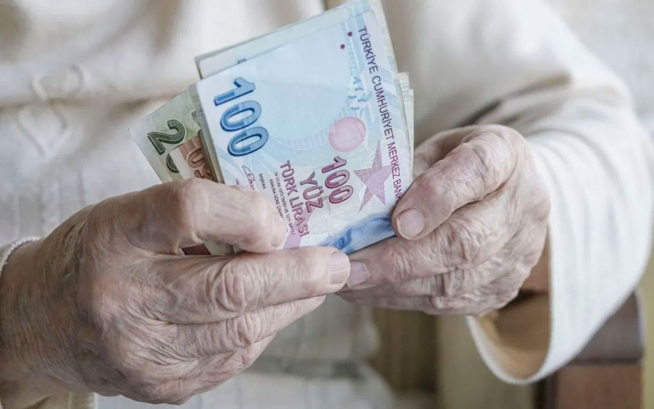 13 milyon emekliye bayram müjdesi! Ödeme tarihleri belli oldu