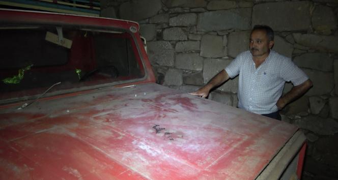 42 yıl önce garaja konulan kamyonet bir kere bile dışarı çıkartılmadı