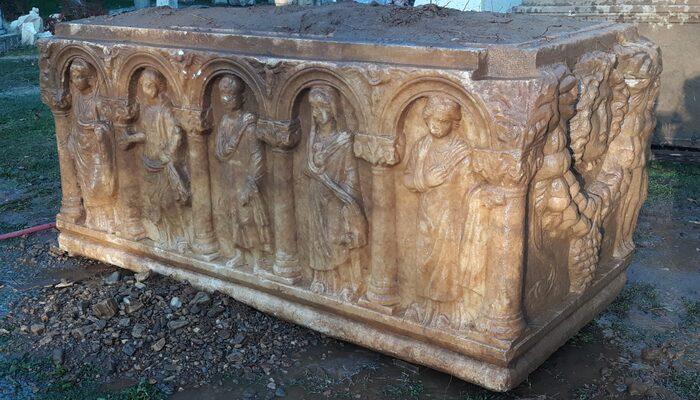 Aydın'da 2 bin 500 yıllık lahit keşfedildi! Kaçırılmaktan son anda kurtarıldı